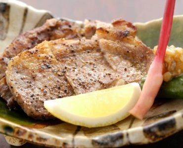 鹿児島県産黒豚ロースの炭火焼き 1,970円